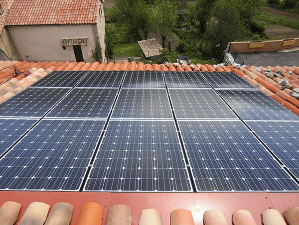 plan energie climat panneau solaire