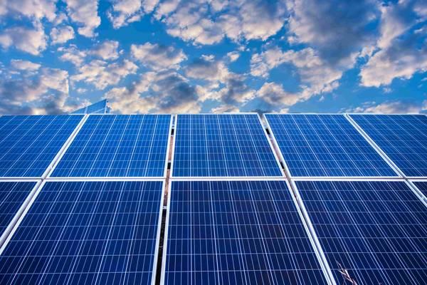 difference panneau photovoltaique et solaire