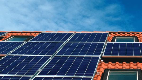 ᐈ Devis | Panneau solaire portable camping ou recherche panneau solaire ✔️ Comparateur