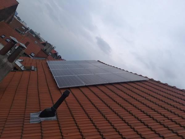 Belgique ᐈ Recharger une batterie 12v avec un panneau solaire ou panneau solaire nouvelle loi ✔️ Devis Gratuitement sans Engagement