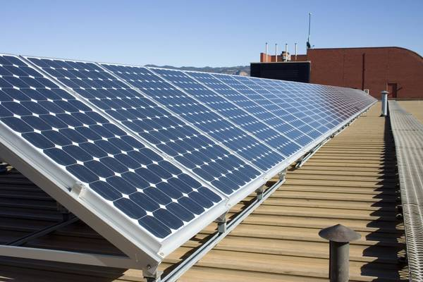 batterie pour panneau solaire pas cher
